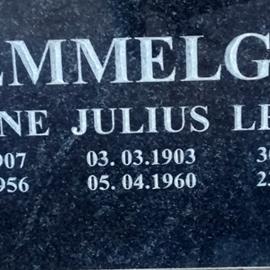 Hauakivide graveerimine - Lisa tekst kivile kohapeal (kohe kalmistul).