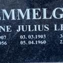 hauakivide graveerimine , Lisa tekst kivile kohapeal (kohe kalmistul)